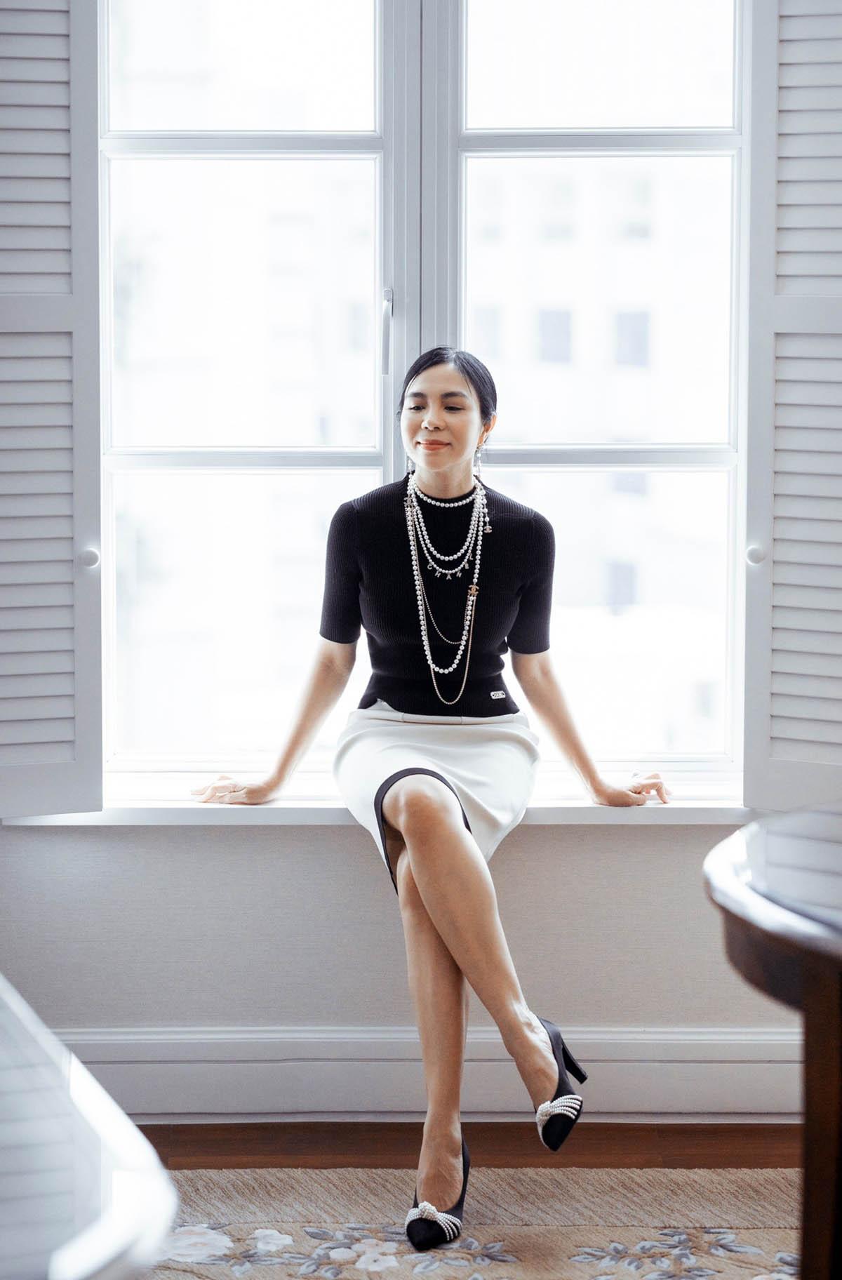 """Thú chơi hàng hiệu """"khủng"""" của fashionista Lưu Nga - hình ảnh 2"""
