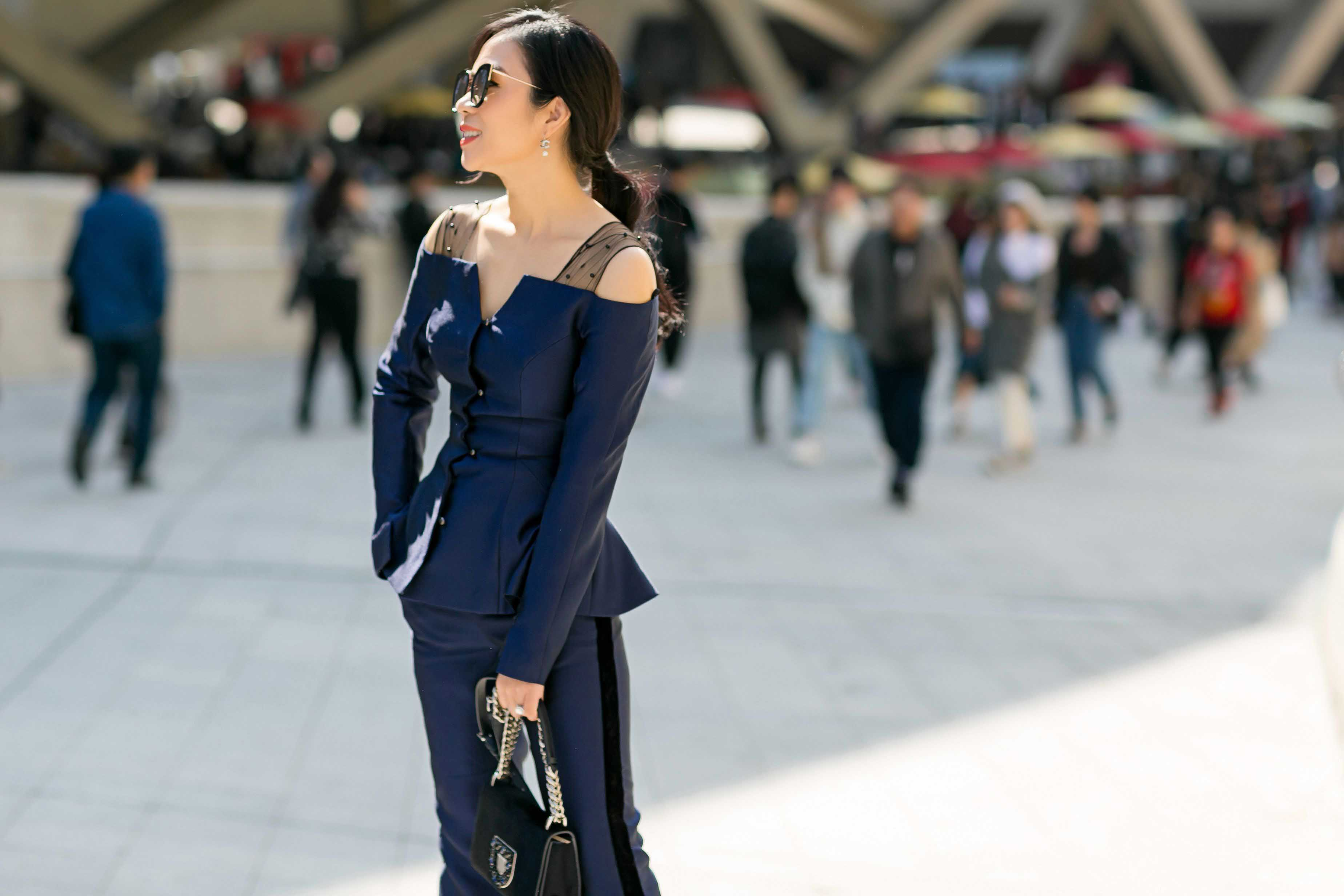"""Thú chơi hàng hiệu """"khủng"""" của fashionista Lưu Nga - hình ảnh 8"""