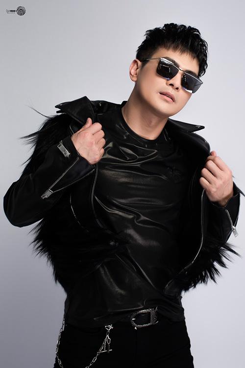 """Ca sĩ Lâm Hùng bén duyên bất ngờ và """"chịu chi"""" để chơi lan var - 5"""