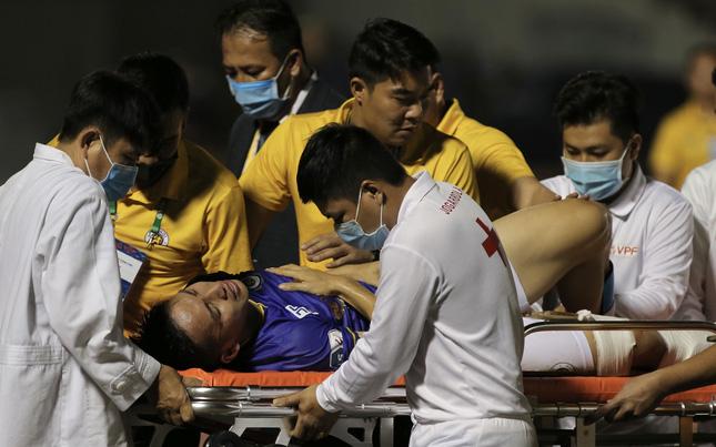 Sao Việt phát ngôn gây tranh cãi sau pha chấn thương của Hùng Dũng - hình ảnh 1
