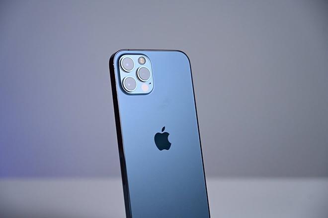 """iPhone 12 Pro Max xứng danh """"ông hoàng"""" smartphone năm 2021 - 3"""