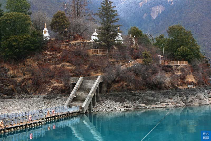 """Tháng 3, thiên đường ở Tây Tạng được ví như """"Thụy Sĩ phương Đông"""" - hình ảnh 8"""