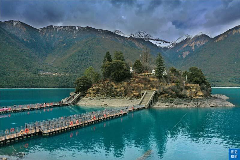 """Tháng 3, thiên đường ở Tây Tạng được ví như """"Thụy Sĩ phương Đông"""" - hình ảnh 9"""