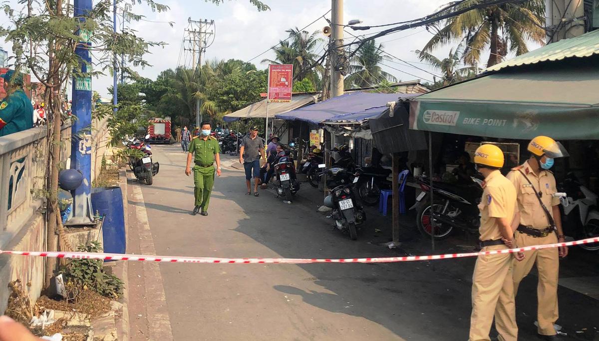 Ảnh: Hiện trường vụ cháy kinh hoàng khiến 6 người trong gia đình tử vong - hình ảnh 12