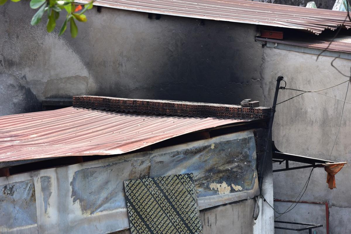 Ảnh: Hiện trường vụ cháy kinh hoàng khiến 6 người trong gia đình tử vong - hình ảnh 6