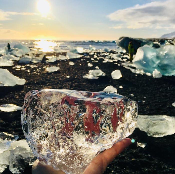 """Bãi biển """"kim cương"""" tuyệt đẹp ở Iceland - hình ảnh 5"""