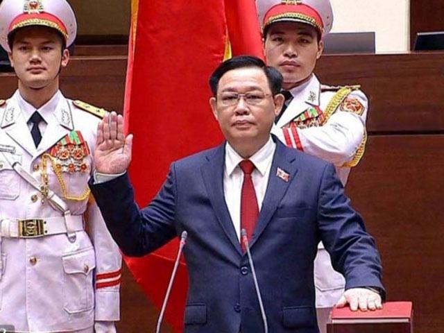 CLIP: Tân Chủ tịch Quốc hội Vương Đình Huệ tuyên thệ nhậm chức - hình ảnh 1