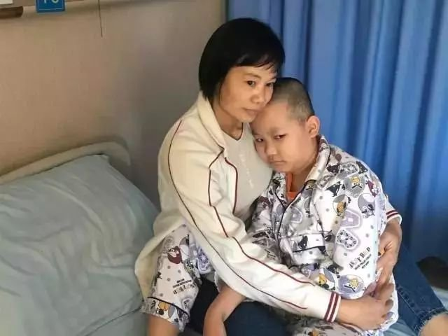 Gia đình 4 người bị ung thư máu, bác sĩ nhắc nhở nhiều người thích ăn thực phẩm này - hình ảnh 1