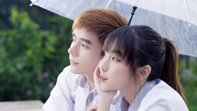 """Hit cũ chưa hết hot, Nhật Phong đã """"nhá hàng"""" hình ảnh MV mới - hình ảnh 1"""