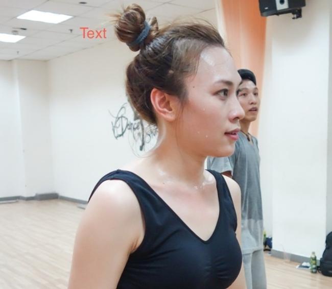 """Nắng nóng, nhìn Angela Phương Trinh, Hoàng Thùy Linh càng khiến fan """"bỏng mắt"""" - hình ảnh 15"""