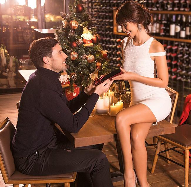 Phi công trẻ vay nợ mua nhà tặng bạn gái và những gã si tình nhất Vbiz - hình ảnh 19