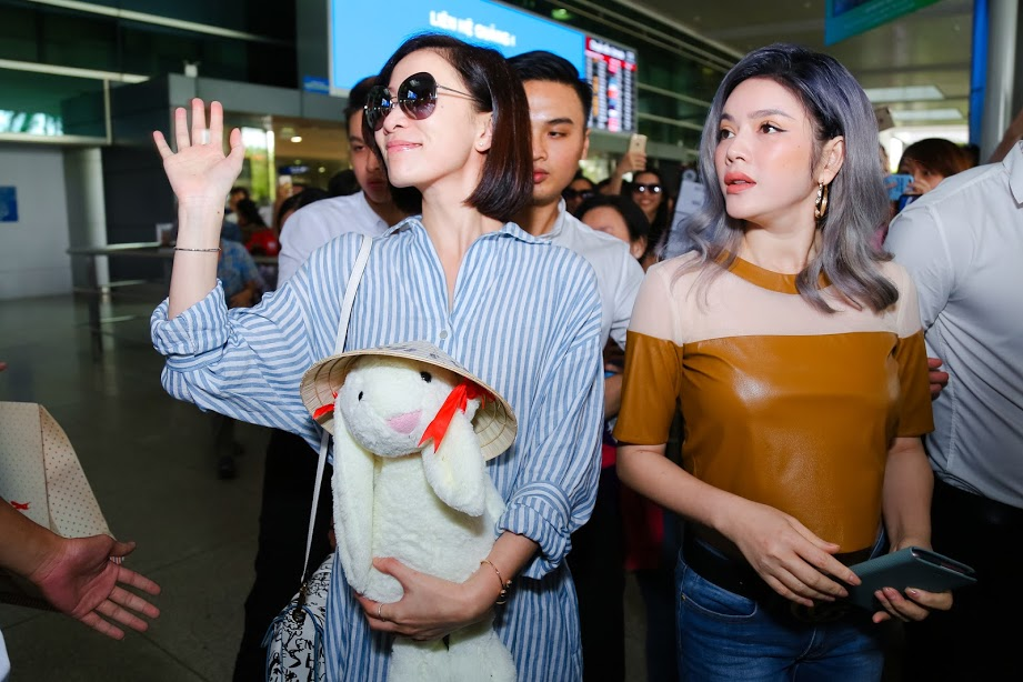Dù cố ăn mặc kín đáo nhưng Ngân 98, Kaity Nguyễn vẫn lọt top đào tiên siêu hot - hình ảnh 13