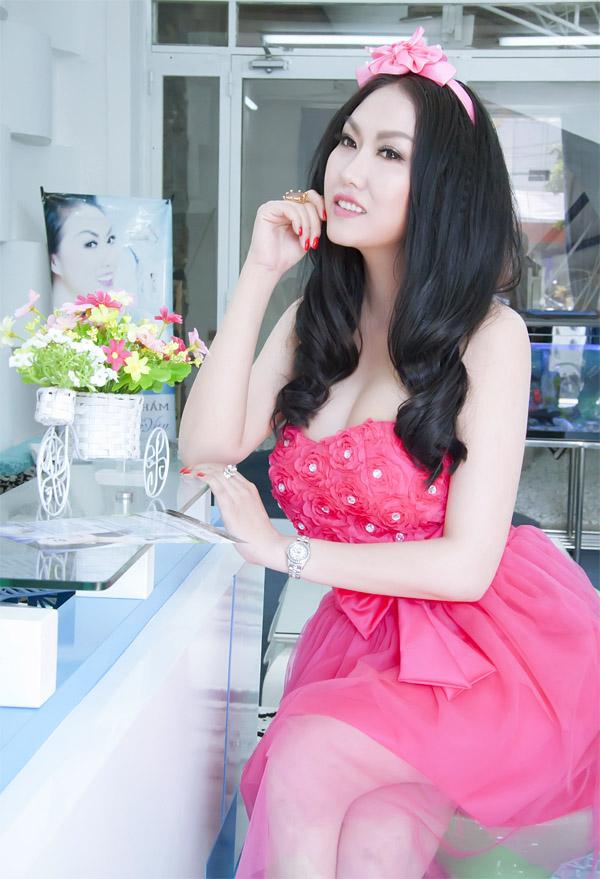 Dù cố ăn mặc kín đáo nhưng Ngân 98, Kaity Nguyễn vẫn lọt top đào tiên siêu hot - hình ảnh 23