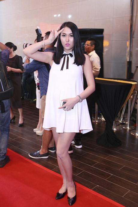 Dù cố ăn mặc kín đáo nhưng Ngân 98, Kaity Nguyễn vẫn lọt top đào tiên siêu hot - hình ảnh 26