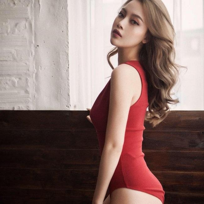 Bạn gái cũ xinh như mộng, gợi cảm của Lê Hiếu đi thi hoa hậu - hình ảnh 2