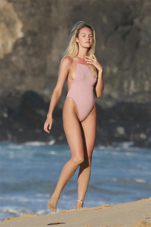 Bụng bầu to vượt mặt, thiên thần nội y vẫn sexy ngạt thở với bikini nhỏ xinh - hình ảnh 9