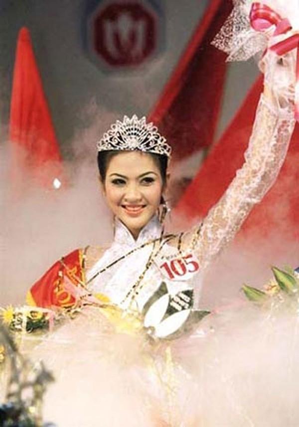 Hoa hậu Việt Nam từ bỏ hào quang, lấy chồng gia thế và kết cục buồn - hình ảnh 1