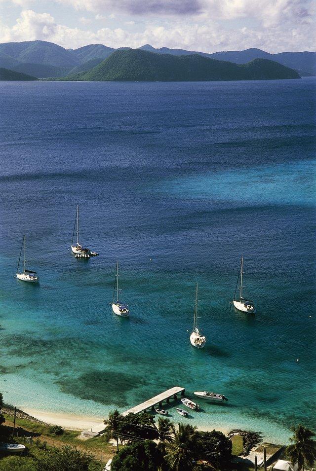 Lạc lối trước những bãi biển đẹp như thiên đường ở vùng Caribe - hình ảnh 3