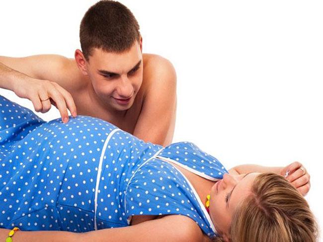 """""""Lên đỉnh"""" khi mang bầu, những điều cần biết - 1"""