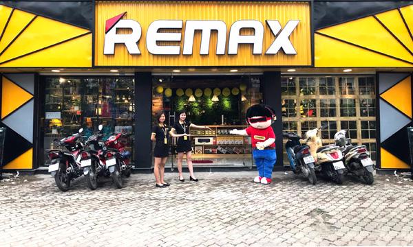 Tặng 1.000 đồ công nghệ khi mua hàng tại Remax Vietnam - 1