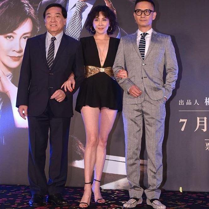 'Phát sốt' với gu mặc ngày càng táo bạo của mỹ nhân U60 Lưu Gia Linh - hình ảnh 7