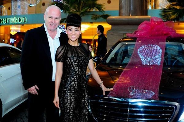 Ở nhà triệu đô, đi xe sang chục tỉ: Cuộc sống thay đổi đến chóng mặt của Thu Minh và Trang Lạ - hình ảnh 9