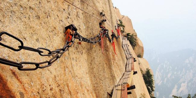 Cầu khỉ Việt Nam nằm trong top 15 cây cầu đáng sợ nhất thế giới - hình ảnh 13