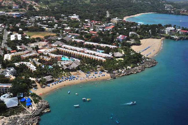 Tới quốc đảo xanh tận hưởng mùa hè tràn biển xanh cát trắng - hình ảnh 17