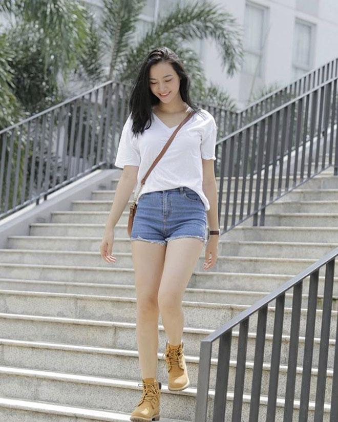 """Cô gái """"đẹp như Hà Hồ, hát như Mỹ Tâm"""" đời thực quá gợi cảm - hình ảnh 5"""