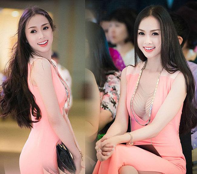 Sau sửa vòng 1, Vân Hugo, Phi Thanh Vân… mê mốt váy áo lả lơi như sắp rơi - hình ảnh 11