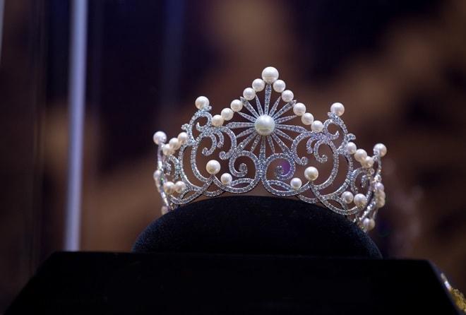 Lộ diện vương miện gần 2 tỉ đồng của Hoa hậu Biển Việt Nam toàn cầu 2018 - hình ảnh 2