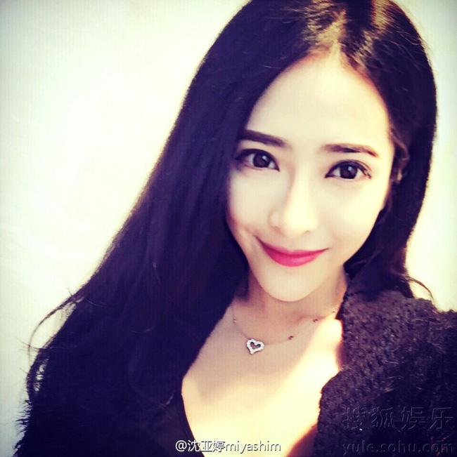 Bạn gái toàn chân dài của 2 cậu ấm siêu giàu Macao, Trung Quốc - hình ảnh 6