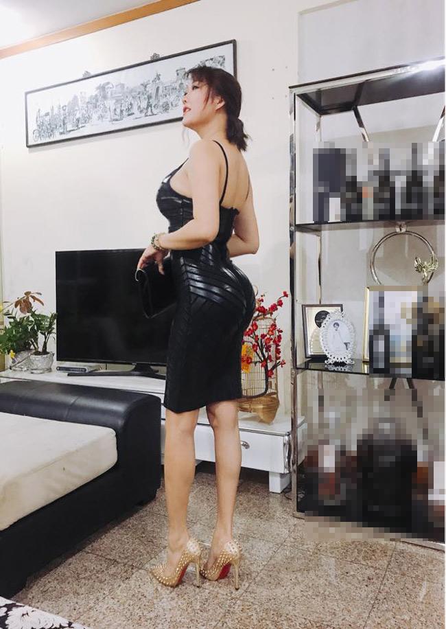Khoe vòng 3 hơn 1 mét, Angela Phương Trinh và dàn mỹ nhân gây tranh cãi - hình ảnh 9
