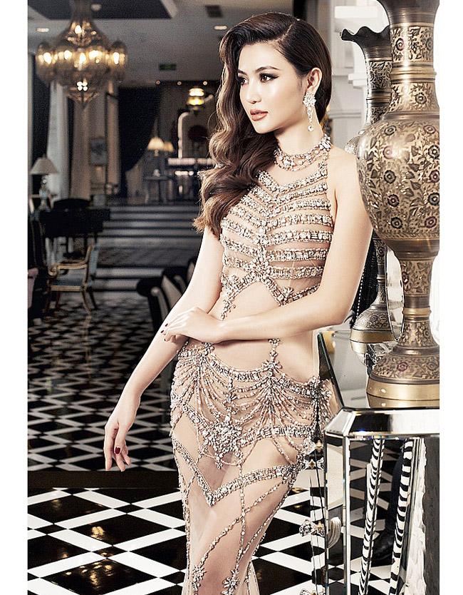 """Váy màu nude dễ mắc lỗi phản cảm của Elly Trần, """"bé heo"""" Minh Hằng - hình ảnh 1"""