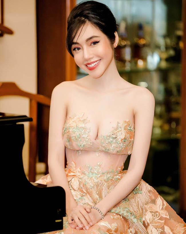 """Váy màu nude dễ mắc lỗi phản cảm của Elly Trần, """"bé heo"""" Minh Hằng - hình ảnh 7"""