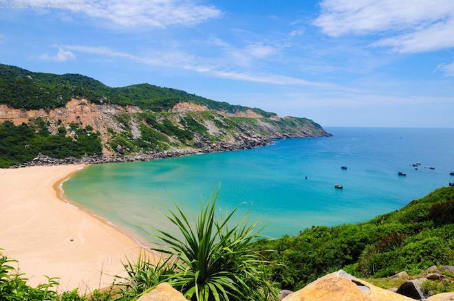"""Những """"thiên đường"""" du lịch đẹp như mơ của Phú Yên có thể bạn chưa biết - hình ảnh 2"""