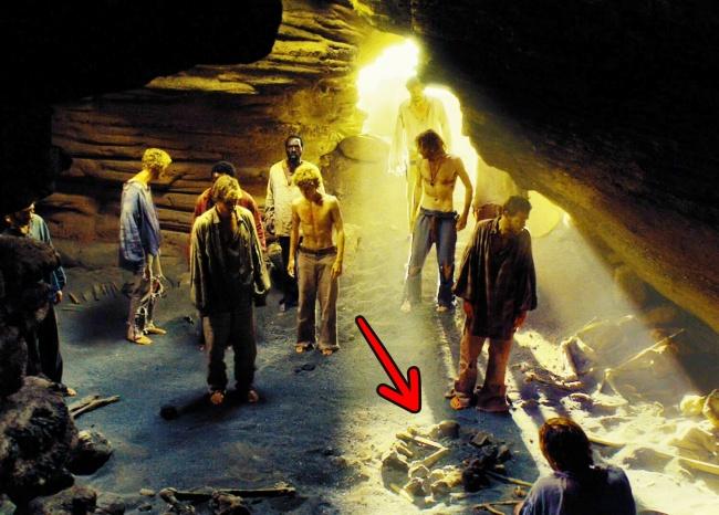 Những mẹo sinh tồn sai be bét trên phim ảnh khiến bạn gặp nguy hiểm - hình ảnh 9