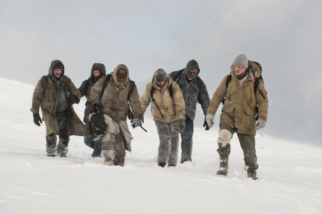 Những mẹo sinh tồn sai be bét trên phim ảnh khiến bạn gặp nguy hiểm - hình ảnh 11