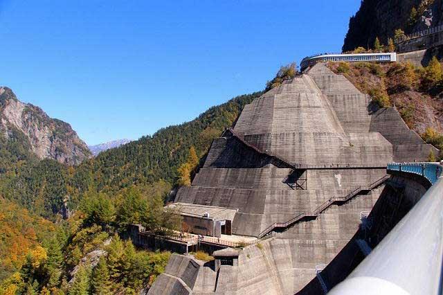 Tưởng chỉ là nhà máy thủy điện, ai ngờ đây lại là điểm du lịch đẹp tới nhường này - hình ảnh 4