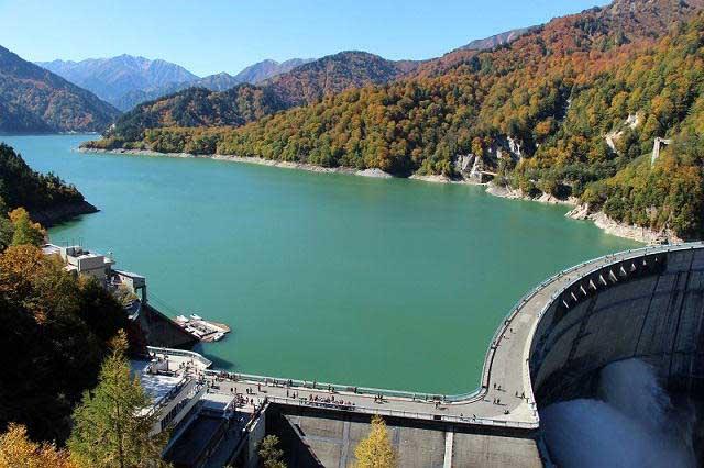 Tưởng chỉ là nhà máy thủy điện, ai ngờ đây lại là điểm du lịch đẹp tới nhường này - hình ảnh 3