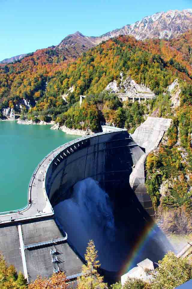 Tưởng chỉ là nhà máy thủy điện, ai ngờ đây lại là điểm du lịch đẹp tới nhường này - hình ảnh 2