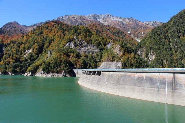 Tưởng chỉ là nhà máy thủy điện, ai ngờ đây lại là điểm du lịch đẹp tới nhường này - hình ảnh 5