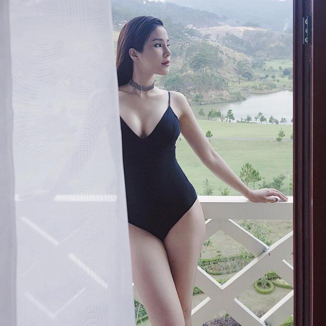 Mỹ nhân Việt đua nhau diện bikini khoe thân hình nóng bỏng ngày chớm hè - hình ảnh 14