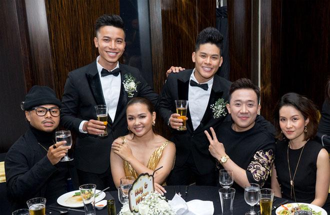 Trấn Thành dự tiệc cưới đồng giới của John Huy Trần - hình ảnh 2