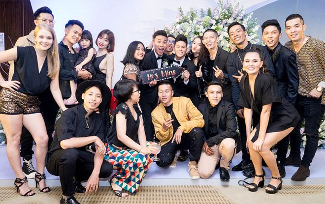 Trấn Thành dự tiệc cưới đồng giới của John Huy Trần - hình ảnh 7