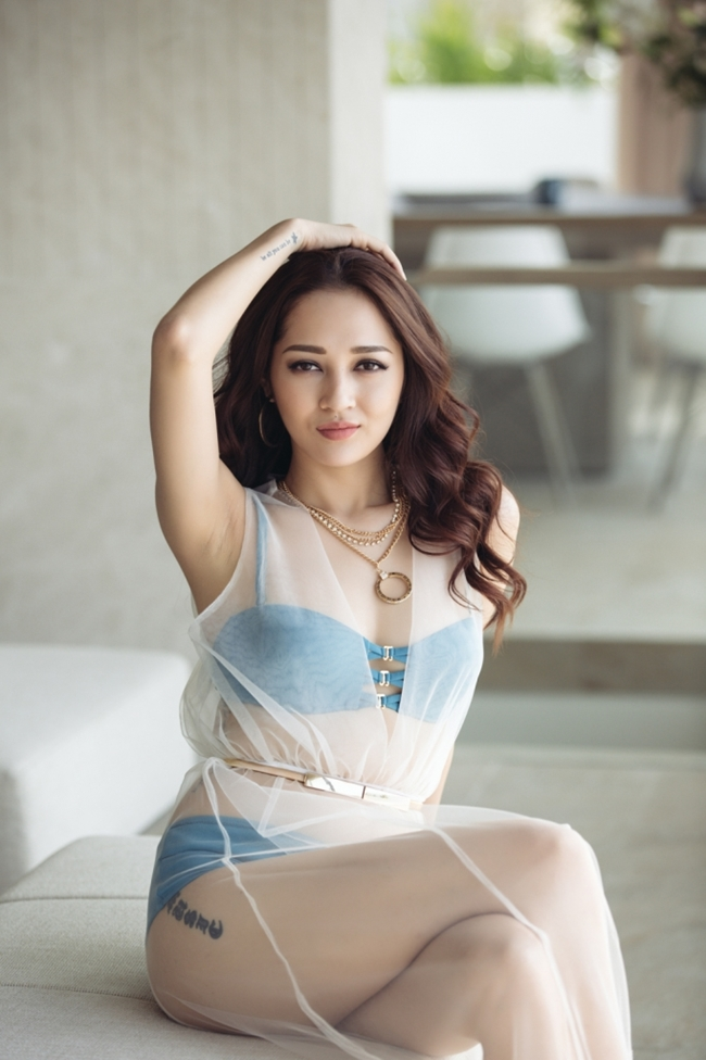 """Sau ồn ào yêu Bùi Tiến Dũng U23, Bảo Anh ngày càng """"bạo dạn"""" - hình ảnh 15"""