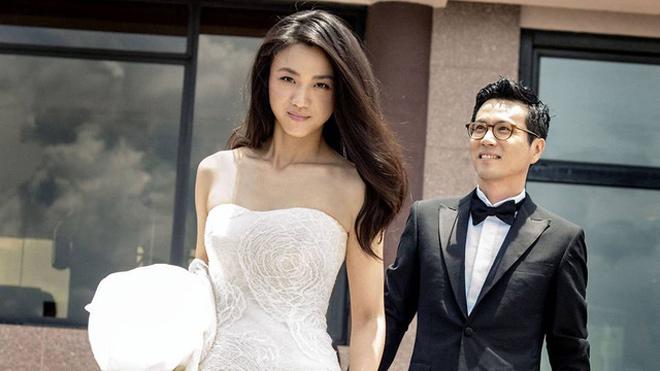 """Cuộc sống viên mãn của mỹ nhân """"Sắc giới"""" Thang Duy sau 4 năm kết hôn - hình ảnh 2"""