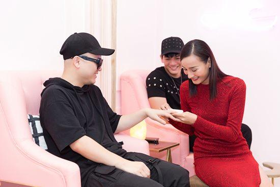 Diễn thời trang không được bao nhiêu, mẫu Việt vẫn rủng rỉnh tiền nhờ đâu? - hình ảnh 8