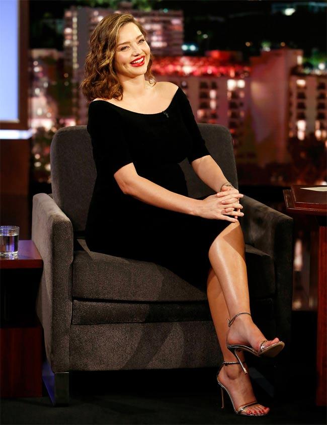 """""""Vợ tỷ phú đẹp nhất thế giới"""" Miranda Kerr mang bầu vẫn quyến rũ ngất ngây - hình ảnh 14"""