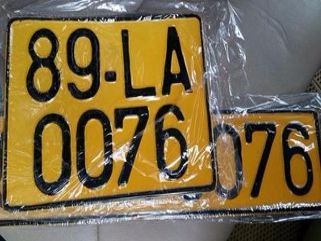 Đề xuất chuyển biển số xe ô tô từ trắng sang vàng